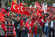 Frankfurt | Germany | 10.09.2015: Bei einer von der TGB (Bund t&uuml;rkischer Jugendlicher) angemeldeten Demonstration mit ca. 500 Teilnehmern kommt es zu Auseinandersetzung mit kurdischen Gegendemonstranten, die u.a. mehrere Stunden die Demoroute an der Paulskirche blockieren.<br /> <br /> hier: Die t&uuml;rkische Demo zieht durch die Stadt<br /> <br /> 20150910<br /> Sascha Rheker<br /> <br /> [Inhaltsveraendernde Manipulation des Fotos nur nach ausdruecklicher Genehmigung des Fotografen. Vereinbarungen ueber Abtretung von Persoenlichkeitsrechten/Model Release der abgebildeten Person/Personen liegt/liegen nicht vor.] [No Model Release | No Property Release]
