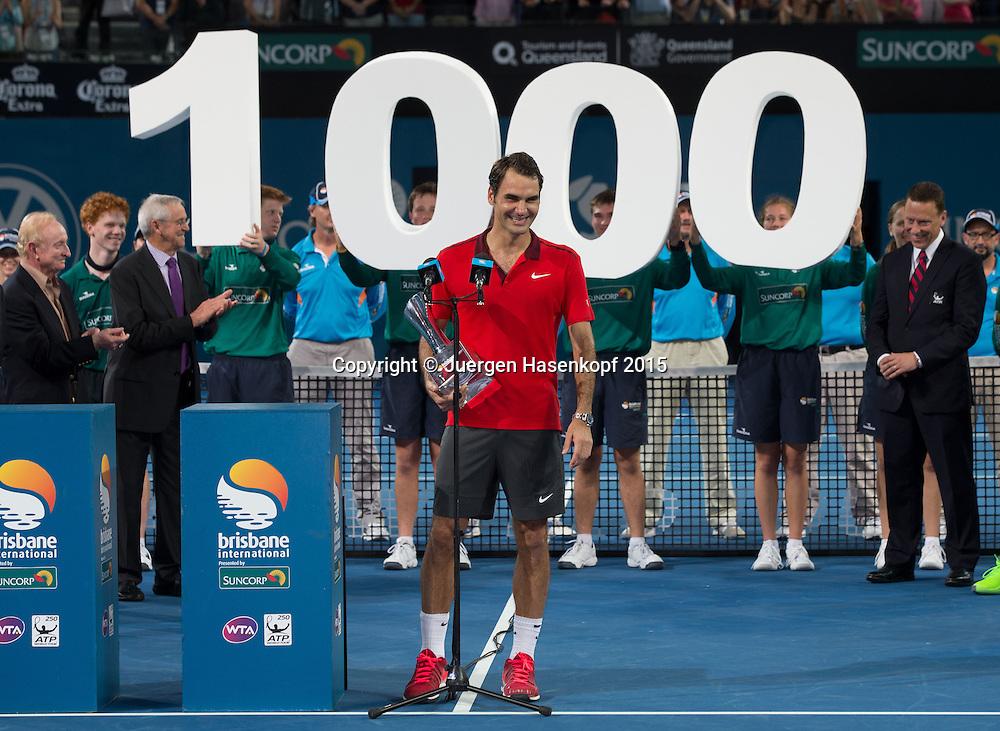 Roger Federer (SUI) Siegerehrung<br /> <br /> Tennis - Brisbane International  2015 - ATP -   - Brisbane - QLD - Australia  - 11 January 2015. <br /> &copy; Juergen Hasenkopf