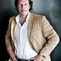 Nederland,Oud Loosdrecht ,13 juni 2007..Maarten de Bruijn , oprichter en ontwerper van Spyker Automobielen, heeft per 1 juli jl. een nieuw bedrijf opgericht te Hilversum onder de naam 'Silvestris ....Op de foto Maarten de Bruijn tijdens de lunch in restaurant ZIN..Foto:Jean-Pierre Jans