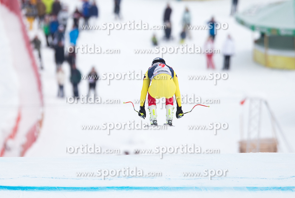 19.01.2016, Streif, Kitzbuehel, AUT, FIS Weltcup Ski Alpin, Kitzbuehel, 1. Abfahrtstraining, Herren, im Bild Erik Guay (CAN) // Erik Guay of Canada in action during 1st Training of the men's Downhill Race of Kitzbuehel FIS Ski Alpine World Cup at the Streif in Kitzbuehel, Austria on 2016/01/19. EXPA Pictures © 2016, PhotoCredit: EXPA/ Johann Groder