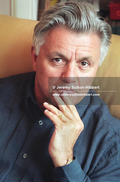 American author John Irving, in Glasgow, Scotland. 1997/98 .Rex JSU 287811