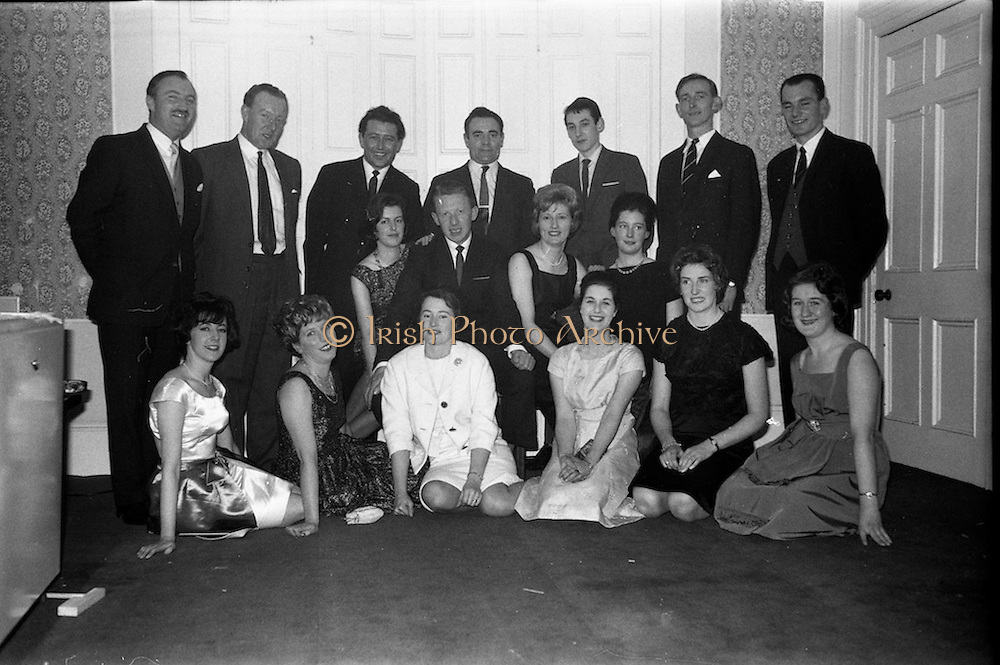 17/12/1962<br /> 12/17/1962<br /> 17 December 1962<br /> A.E.I. Gala reception at Shangri-la Hotel, Dalkey, Dublin, where a Gala Supermatic washing machine was presented to the Variety Club of Ireland for their Easter Draw by Gala.