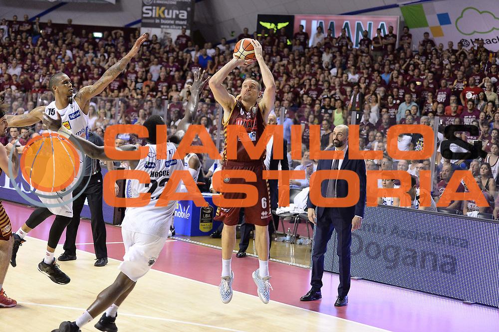 Michael Bramos<br /> Venezia  18Giugno 2017<br /> Campionato Basket Lega A Fianale gara 5<br /> Umana Reyer Venezia vs Dolomiti Energia Trentino<br /> Foto ciamillo/Riccardo Gregolin