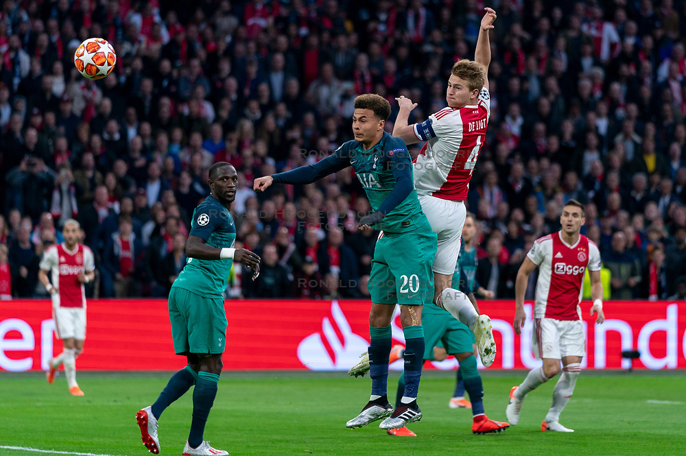 08-05-2019 NED: Semi Final Champions League AFC Ajax - Tottenham Hotspur, Amsterdam<br /> After a dramatic ending, Ajax has not been able to reach the final of the Champions League. In the final second Tottenham Hotspur scored 3-2 / Matthijs de Ligt #4 of Ajax scores the 1-0, Dele Alli #20 of Tottenham Hotspur