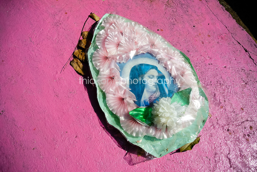 Offering on a pink grave, San Blass, Mexico