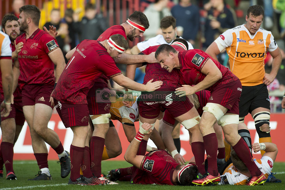 September 9, 2017 - Limerick, Ireland - Munster players celebrate Jean Kleyn scoring during the Guinness PRO14 rugby match between Munster Rugby and Cheetahs Rugby at Thomond Park in Limerick, Ireland on September 9, 2017  (Credit Image: © Andrew Surma/NurPhoto via ZUMA Press)