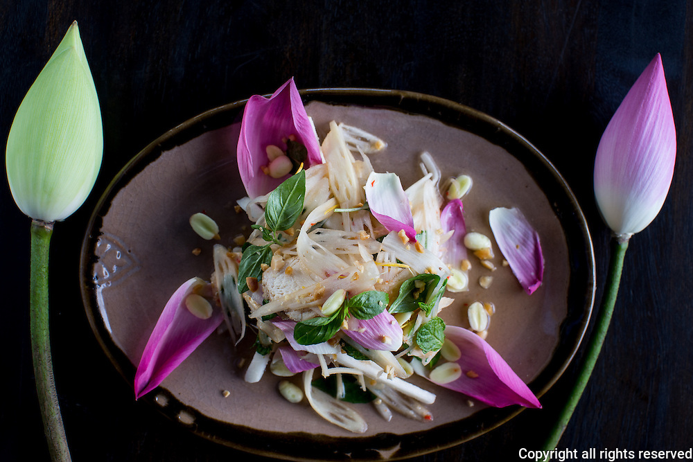Lotus salad : stem, flowers and seeds at Khmer Touch