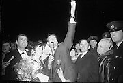 "Seán Dunphy returns to Dublin Airport from Vienna after taking second place in the Eurovision Song Contest with the song ""If I Could Choose""..10.04.1967"