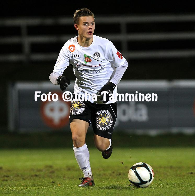 13.10.2011, Tehtaan kenttŠ, Valkeakoski..Veikkausliiga 2011, FC Haka - Rovaniemen Palloseura..Juuso Salonen - Haka.