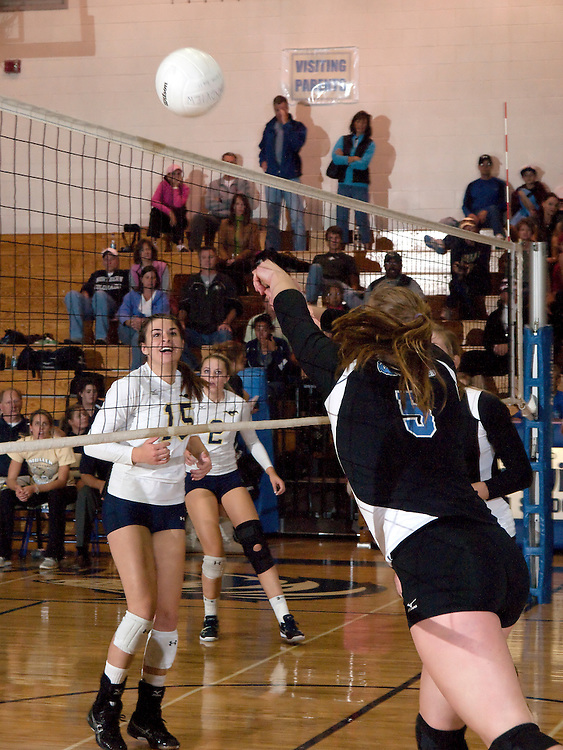 Grandview vs Mullen volleyball