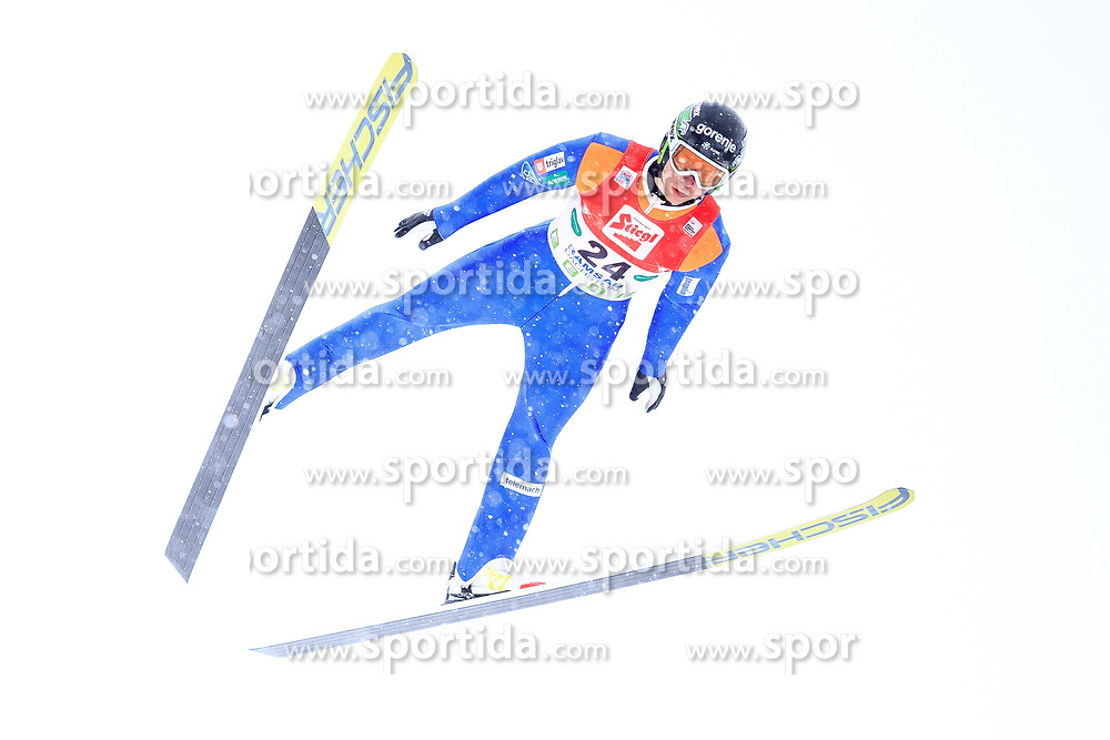 17.12.2017, Nordische Arena, Ramsau, AUT, FIS Weltcup Nordische Kombination, Skisprung, im Bild Marjan Jelenko (SLO) // Marjan Jelenko of Slovenia during Ski jumping competition of FIS Nordic Combined World Cup, at the Nordic Arena in Ramsau, Austria on 2017/12/17. EXPA Pictures © 2017, PhotoCredit: EXPA/ Dominik Angerer