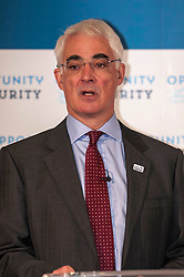 Alistair Darling delivered an independence debate speech when he addressed a number of younger voters in Edinburgh today. He argued that more opportunities exist for young people with Scotland as part of the UK 16 January 2014 (c) GER HARLEY | StockPix.eu