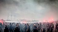 FODBOLD: Brøndby-fans på vej til kampen i ALKA Superligaen mellem FC Helsingør og Brøndby IF den 22. oktober 2017 på Helsingør Stadion. Foto: Claus Birch