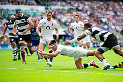 Marcus Smith of the England XV scores a try in the first half - Mandatory byline: Patrick Khachfe/JMP - 07966 386802 - 02/06/2019 - RUGBY UNION - Twickenham Stadium - London, England - England XV v Barbarians - Quilter Cup International