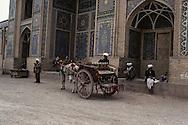 Afghanistan. Herat. the big mosque. daily life in the streets, and market. after the coup d etat of the communist party against Daoud     /la grande mosquee de Herat. Scenes de rues a  . apres le coup d etat du parti communiste contre Daoud,    nb 24292 2 /AFG24292 2B