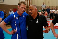20180509 NED: Eredivisie Coolen Alterno - Sliedrecht Sport, Apeldoorn<br />Matt van Wezel, headcoach of Sliedrecht Sport, Ali Moghaddasian, headcoach of Coolen Alterno<br />©2018-FotoHoogendoorn.nl