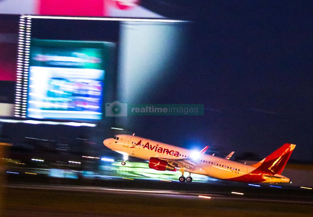 June 8, 2017 - Movimentação noturna no Aeroporto de Congonhas, em São Paulo. Na foto avião da Avianca na pista. (Credit Image: © Cadu Rolim/Fotoarena via ZUMA Press)