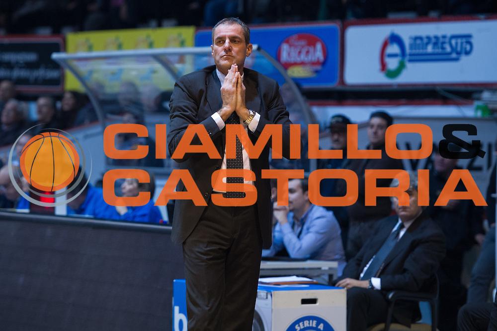 DESCRIZIONE : Caserta Lega A 2015-16 Pasta Reggia Caserta Banco di Sardegna Sassari<br /> GIOCATORE : Sandro Dell'Agnello<br /> CATEGORIA : allenatore coach delusione<br /> SQUADRA : Pasta Reggia Caserta<br /> EVENTO : Campionato Lega A 2015-2016<br /> GARA : Pasta Reggia Caserta Banco di Sardegna Sassari<br /> DATA : 13/12/2015<br /> SPORT : Pallacanestro <br /> AUTORE : Agenzia Ciamillo-Castoria/G.Masi<br /> Galleria : Lega Basket A 2015-2016<br /> Fotonotizia : Caserta Lega A 2015-16 Pasta Reggia Caserta Banco di Sardegna Sassari