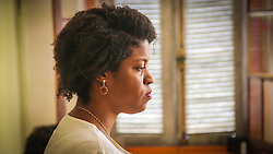 PORTO ALEGRE, RS, BRASIL, 21-01-2017, 12h17'52&quot;:  Retrato de Desiree dos Santos, 32, no espa&ccedil;o Matehackers Hackerspace, da Associa&ccedil;&atilde;o Cultural Vila Flores, no bairro Floresta da capital ga&uacute;cha. A  Consultora de Desenvolvimento de Software na empresa a ThoughtWorks fala sobre as dificuldades que enfrentadas por mulheres negras no mercado de trabalho.<br /> (Foto: Gustavo Roth / Ag&ecirc;ncia Preview) &copy; 21JAN17 Ag&ecirc;ncia Preview - Banco de Imagens