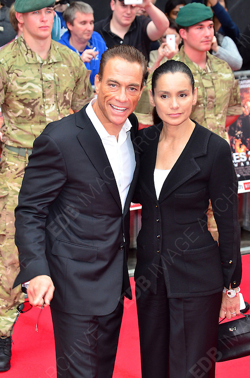 13.AUGUST.2012. LONDON<br /> <br /> THE UK PREMIERE OF &quot;THE EXPENDABLES 2&quot; AT THE EMPIRE CINEMA IN LEICESTER SQUARE, LONDON<br /> <br /> BYLINE: JOE ALVAREZ/EDBIMAGEARCHIVE.CO.UK<br /> <br /> *THIS IMAGE IS STRICTLY FOR UK NEWSPAPERS AND MAGAZINES ONLY*<br /> *FOR WORLD WIDE SALES AND WEB USE PLEASE CONTACT EDBIMAGEARCHIVE - 0208 954 5968*