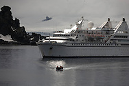 Antarctica. cruise boat - LE DIAMANT - Of the compagnie Ponant islands  Half moon island - shetlands archipelago, Antarctica   / bateau le DIAMANT, compagnie des iles du PONANT  Half moon island - Shetlands archipel, Antarctica   TAR010