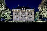 Noord-Holland bij nacht, aankleding,schermer prachtstad