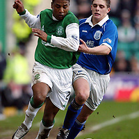Hibs v St Johnstone   02.03.02<br />