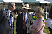 Maj Malcolm Wallace, Simon Leatham and Lady Victoria Leatham,. The Land Rover Burghley Horse Trials. 4 September. ONE TIME USE ONLY - DO NOT ARCHIVE  © Copyright Photograph by Dafydd Jones 66 Stockwell Park Rd. London SW9 0DA Tel 020 7733 0108 www.dafjones.com