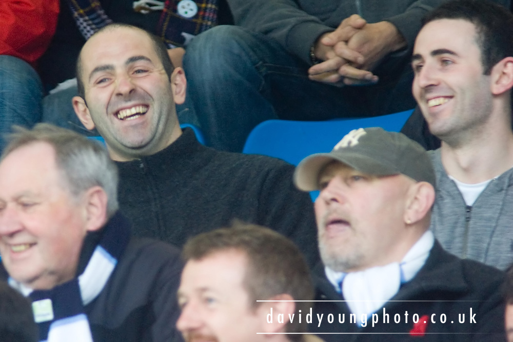 Former Dundee captain Gary Harkins enjoys watching the Dark Blues from amongst the away support - Greenock Morton v Dundee - IRN BRU Scottish Football League First Division at Cappielow. .- © David Young -.5 Foundry Place - .Monifieth - .Angus - .DD5 4BB - .Tel: 07765 252616 - .email: davidyoungphoto@gmail.com - .http://www.davidyoungphoto.co.uk