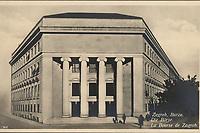 Zagreb, Burza = Die Börse = La Bourse de Zagreb. <br /> <br /> ImpresumZagreb : Naklada S. Marković, 1927.<br /> Materijalni opis1 razglednica : tisak ; 8,7 x 13,8 cm.<br /> NakladnikNaklada S. Marković<br /> Mjesto izdavanjaZagreb<br /> Vrstavizualna građa • razglednice<br /> ZbirkaGrafička zbirka NSK • Zbirka razglednica<br /> Formatimage/jpeg<br /> PredmetZagreb –– Trg hrvatskih velikana<br /> SignaturaRZG-THVEL-7<br /> Obuhvat(vremenski)20. stoljeće<br /> NapomenaRazglednica nije putovala.<br /> PravaJavno dobro<br /> Identifikatori000954401<br /> NBN.HRNBN: urn:nbn:hr:238:970438 <br /> <br /> Izvor: Digitalne zbirke Nacionalne i sveučilišne knjižnice u Zagrebu