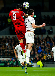 Robert Lewandowski of Bayern Munich and Jan Vertonghen of Tottenham Hotspur - Rogan/JMP - 01/10/2019 - FOOTBALL - Tottenham Hotspur Stadium - London, England - Tottenham Hotspur v Bayern Munich - UEFA Champions League Group B.