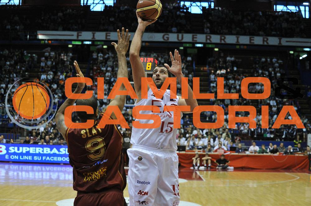 DESCRIZIONE : Milano Lega A 2011-12 EA7 Emporio Armani Milano Umana Venezia <br /> GIOCATORE : joannis bourousis<br /> CATEGORIA :  tiro<br /> SQUADRA : EA7 Emporio Armani Milano Umana Venezia <br /> EVENTO : Campionato Lega A 2011-2012<br /> GARA : EA7 Emporio Armani Milano Umana Venezia <br /> DATA : 01/04/2012<br /> SPORT : Pallacanestro<br /> AUTORE : Agenzia Ciamillo-Castoria/M.Gregolin<br /> Galleria : Lega Basket A 2011-2012<br /> Fotonotizia :  Milano Lega A 2011-12 EA7 Emporio Armani Milano Umana Venezia  <br /> Predefinita :