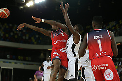 Fred Thomas of Bristol Flyers gets a pass away - Photo mandatory by-line: Arron Gent/JMP - 20/11/2019 - BASKETBALL - Copper Box Arena - London, England - London Lions v Bristol Flyers - British Basketball League Cup