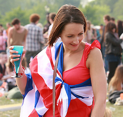 © under license to London News Pictures. 09/02/2011. The Royal Wedding of HRH Prince William to Kate Middleton. Members of the public celebrating the Royal Wedding in Hyde Park. Photo credit should read Kevin Dunnett/LNP. See special instructions under license to London News Pictures