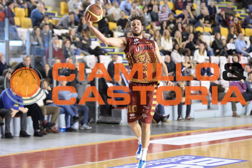 DESCRIZIONE : Campionato 2013/14 Acea Virtus Roma - Umana Reyer Venezia<br /> GIOCATORE : Luca Vitali<br /> CATEGORIA : Rimbalzo<br /> SQUADRA : Umana Reyer Venezia<br /> EVENTO : LegaBasket Serie A Beko 2013/2014<br /> GARA : Acea Virtus Roma - Umana Reyer Venezia<br /> DATA : 05/01/2014<br /> SPORT : Pallacanestro <br /> AUTORE : Agenzia Ciamillo-Castoria / GiulioCiamillo<br /> Galleria : LegaBasket Serie A Beko 2013/2014<br /> Fotonotizia : Campionato 2013/14 Acea Virtus Roma - Umana Reyer Venezia<br /> Predefinita :