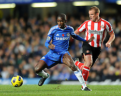 14.11.2010, Stamford Bridge, London, ENG, PL, FC Chelsea vs FC Sunderland, im Bild Chelsea`s Ramires  and Sunderland's Lee Cattermole  Chelsea vs Sunderland  in the Barclays Premier League  at Stamford Bridge stadium in London on 14/11/2010. EXPA Pictures © 2010, PhotoCredit: EXPA/ IPS/ Rob Noyes +++++ ATTENTION - OUT OF ENGLAND/UK +++++