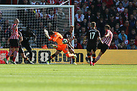 Football - 2016 / 2017 Premier League - Southampton vs. Hull City<br /> <br /> Eldin Jakupovic of Hull City makes a fine block from Southampton's Dusan Tadic at St Mary's Stadium Southampton<br /> <br /> COLORSPORT/SHAUN BOGGUST
