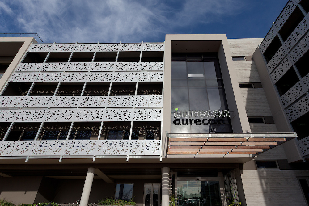 Aurecon Cape Town head office facade and shading, Century City, Cape Town. 5 Star Green Star SA - Office Design v1 certified.