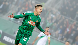 20.10.2016, Weststadion, Wien, AUT, UEFA EL, SK Rapid Wien vs US Sassuolo Calcio, Gruppe F, im Bild Louis Schaub (SK Rapid Wien) jubelt ueber das Tor zum 1:0 // during a UEFA Europa League, group F game between SK Rapid Wien and US Sassuolo Calcio at the Weststadion, Vienna, Austria on 2016/10/20. EXPA Pictures © 2016, PhotoCredit: EXPA/ Sebastian Pucher