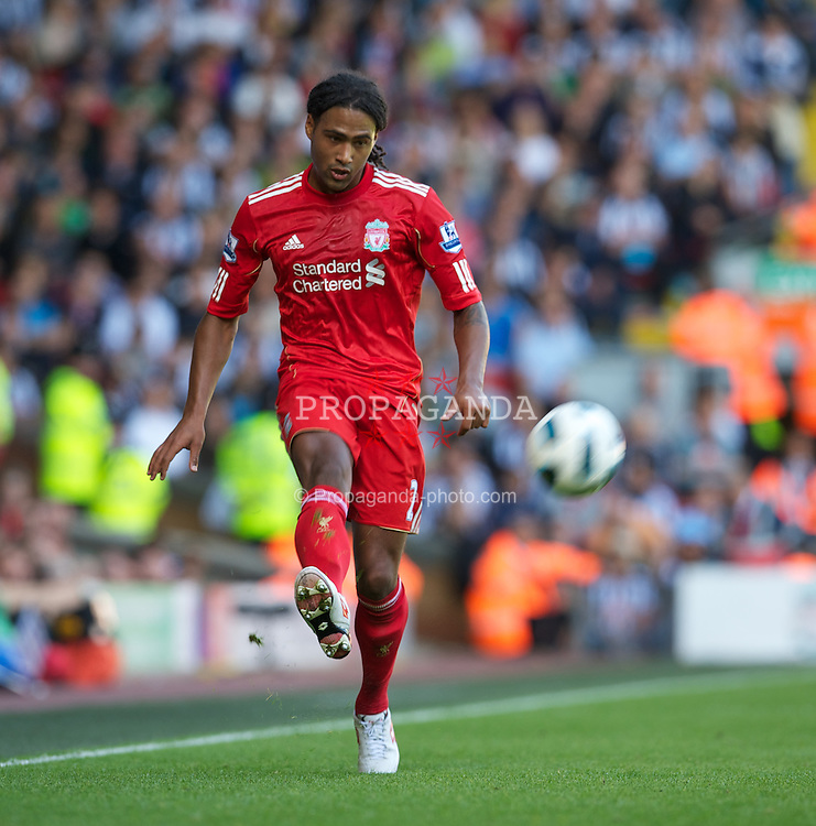 LIVERPOOL, ENGLAND - Sunday, August 29, 2010: Liverpool's Glen Johnson in action against West Bromwich Albion during the Premiership match at Anfield. (Photo by David Rawcliffe/Propaganda)