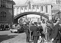 American President Richard Nixon's Motor Cavalcade passing under the Arch at Winetavern Street at the back of Christ Church Cathedral,The Egg throwing incident, circa October 1970 (Part of the Independent Newspapers Ireland/NLI Collection).