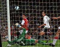 Photo: Tony Oudot.<br /> Arsenal v Sparta Prague. UEFA Champions League Qualifying. 29/08/2007.<br /> Robin Van Persie of Arsenal goes close with a shot from close range