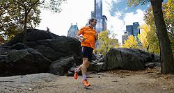 02-11-2013 ALGEMEEN: BVDGF NY MARATHON: NEW YORK <br /> Parcours verkenning en laatste training in het Central Park / Joop<br /> ©2013-FotoHoogendoorn.nl