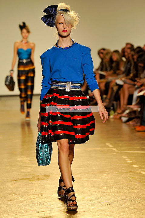 Hannah Holman walks the runway wearing Marc by Marc Jacobs Spring 2010 collection during New York Mercedes-Benz fashion week on September 15, 2009.