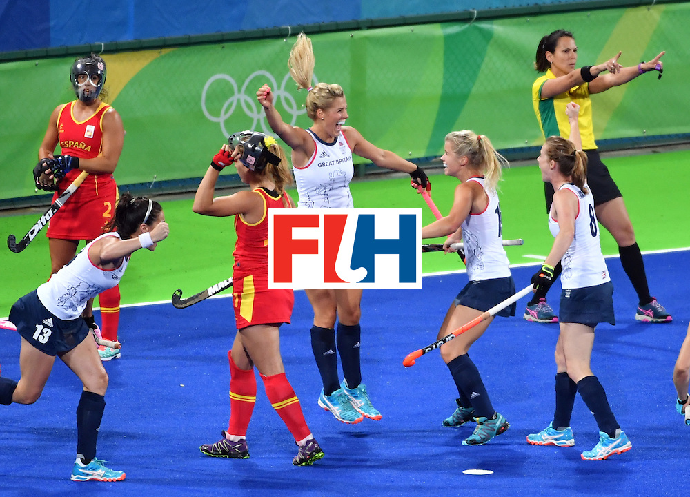 Britain's Georgie Twigg (C) celebrates a goal with teammates during the women's quarterfinal field hockey Britain vs Spain match of the Rio 2016 Olympics Games at the Olympic Hockey Centre in Rio de Janeiro on August 15, 2016. / AFP / Pascal GUYOT        (Photo credit should read PASCAL GUYOT/AFP/Getty Images)