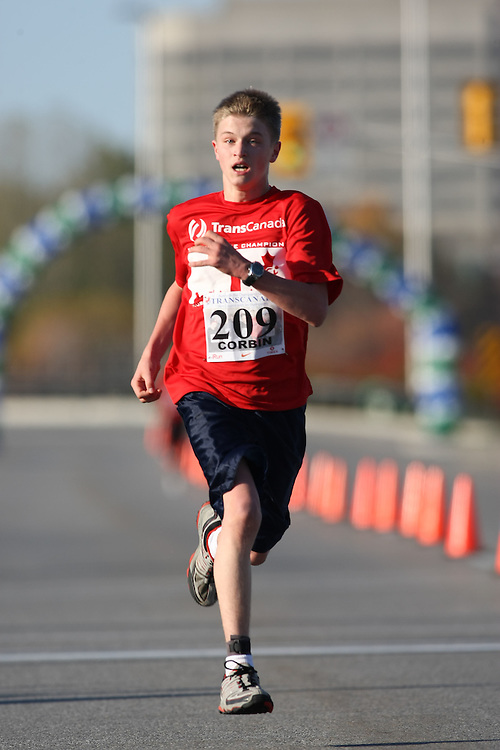 (Ottawa, ON---18 October 2008) JUSTIN CORBIN runs in the 2008 5km challenge at the TransCanada 10km Canadian Road Race Championships. Photography copyright Sean Burges/Mundo Sport Images (www.msievents.com).