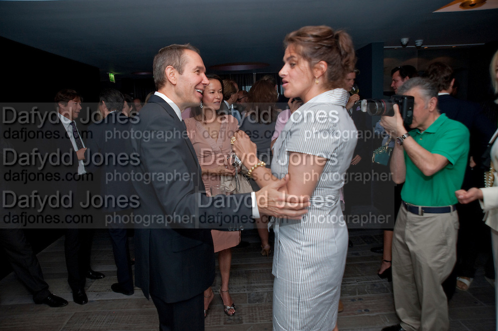 JEFF KOONS; ALMINE RUIZ-PICASSO; TRACEY EMIN, Dinner hosted by Julia Peyton-Jones and Hans Obrist for the Council of the Serpentine to celebrate: Jeff Koons, Popeye Series. Paramount Club, Paramount Centre Point. London. 30 June 2009