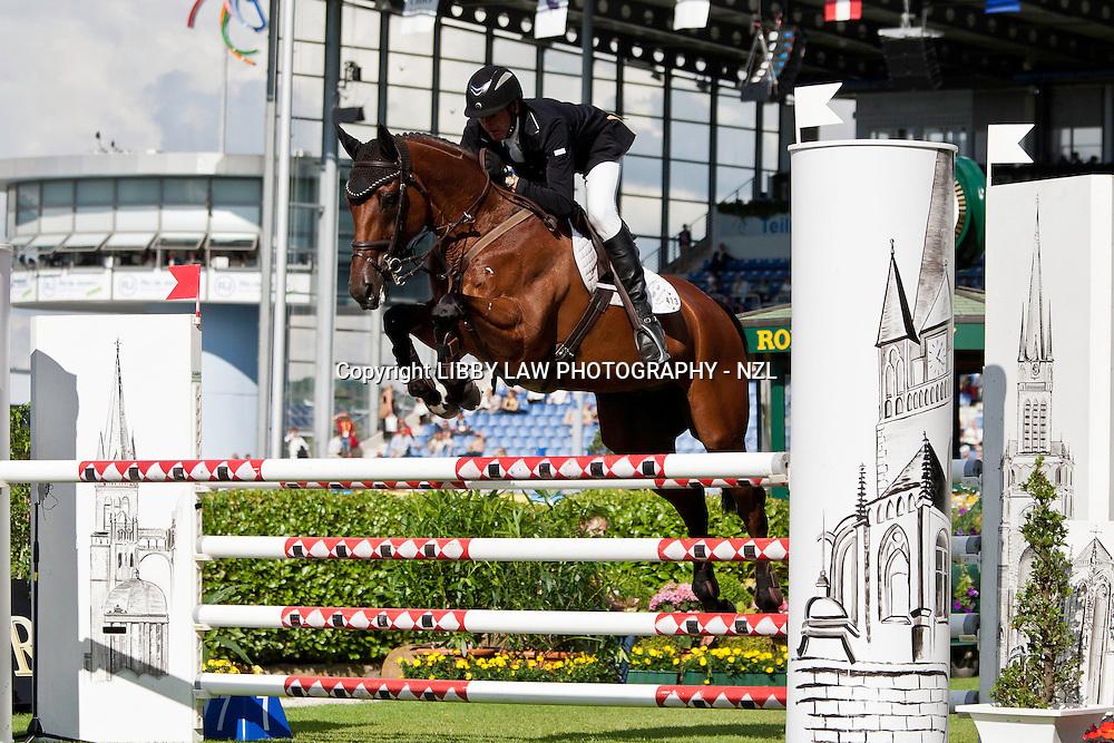 NZL-Mark Todd (NZB GRASS VALLEY) 2012 GER-CHIO Aachen Weltfest des Pferdesports (Friday) - DHL Preis CICO*** Eventing Showjumping: INTERIM-41ST