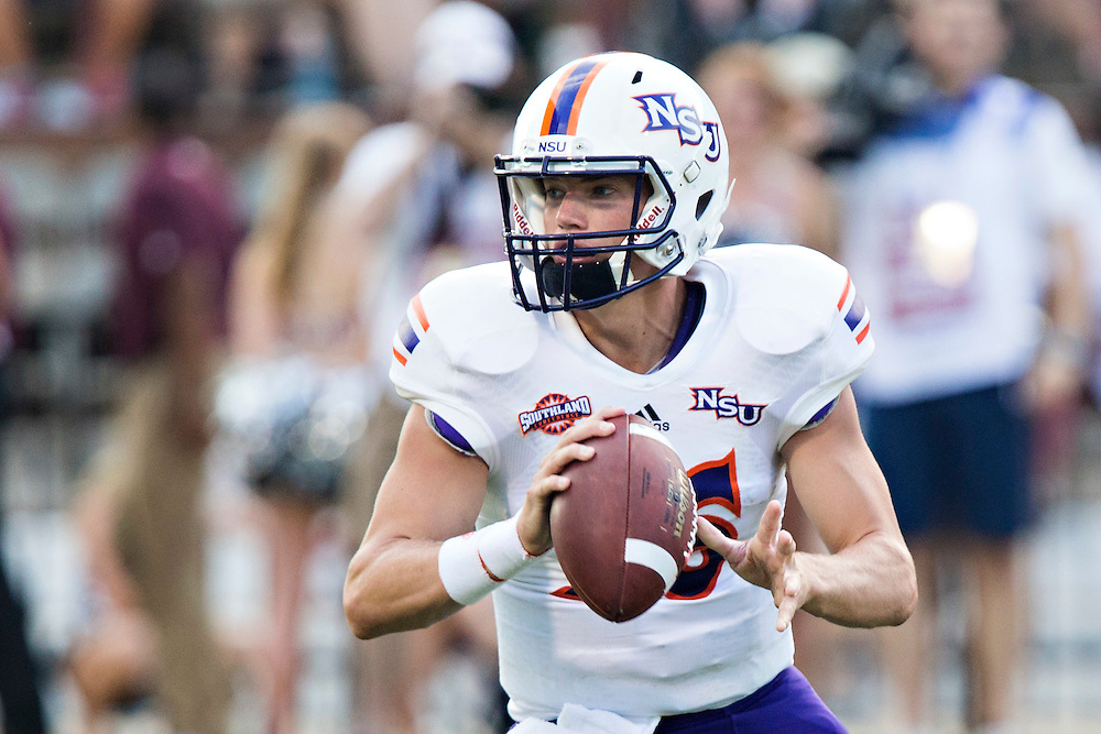 STARKVILLE, MS - SEPTEMBER 19:  Daniel Hazelwood #16 of the Northwestern State Demons pitches the ball during a game against the Mississippi State Bulldogs at Davis Wade Stadium on September 19, 2015 in Starkville, Mississippi.  The Bulldogs defeated the Demons 62-13.  (Photo by Wesley Hitt/Getty Images) *** Local Caption *** Daniel Hazelwood