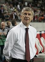 Arsene Wenger.<br />Photo: Barry Bland.<br />Ajax v Arsenal. UEFA Champions League.<br />27/09/2005.